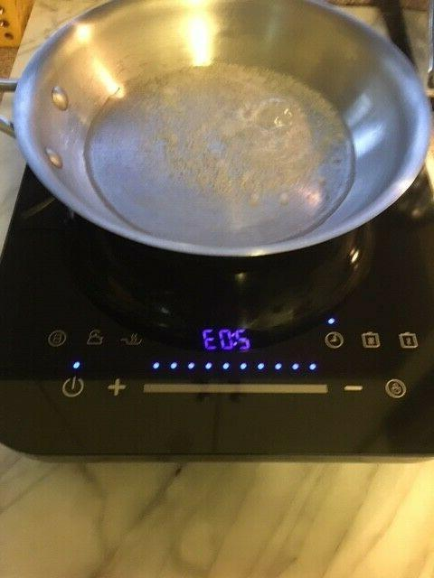 Midea Cooktop, with Glass-Lid Pan