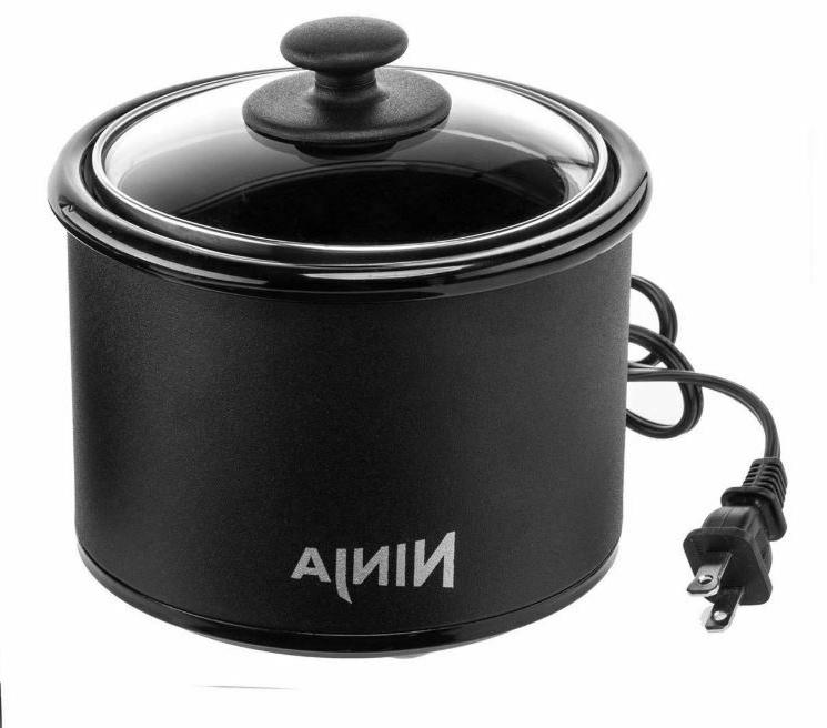Electric Slow Cooker with Silicone Mat and Mitts